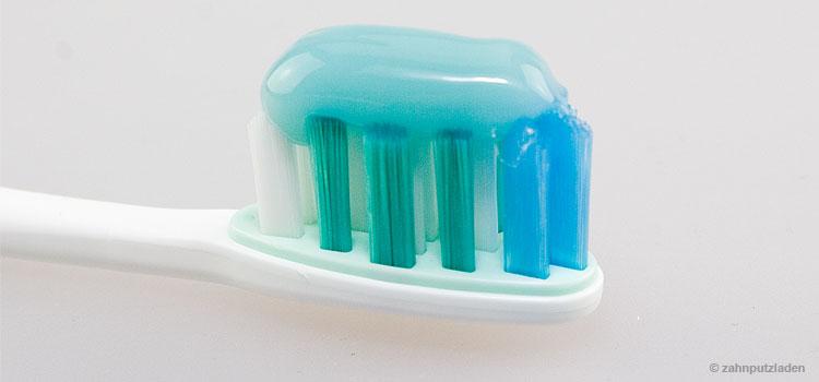 Auf einigen Zahnpastaverpackungen zu finden – der RDA-Wert