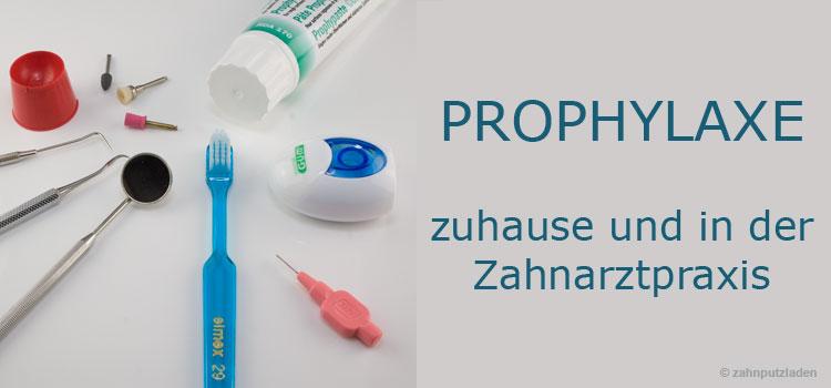 Tägliche Zahnpflege und professionelle Zahnreinigung in der Praxis