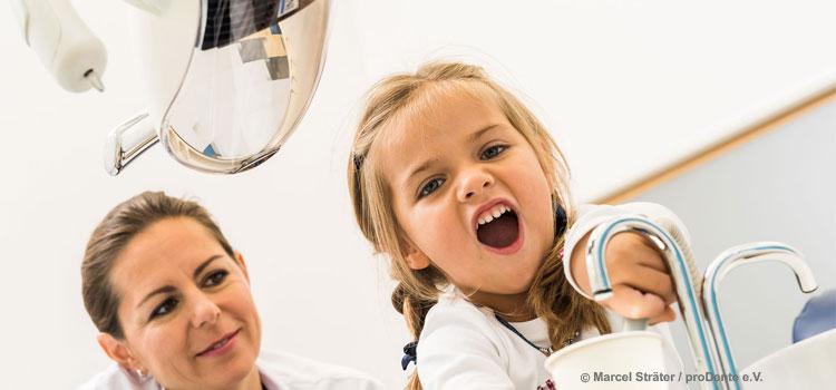 G-BA beschließt neue Leistungen zur Vermeidung von Karies bei Kleinkindern (Foto: proDente e.V.)