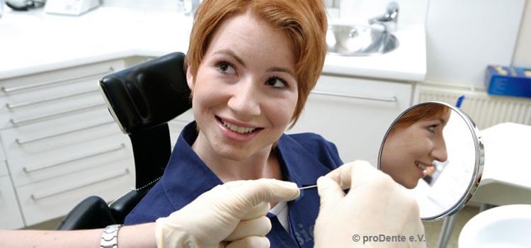 Professionelle Zahnreinigung beliebt.