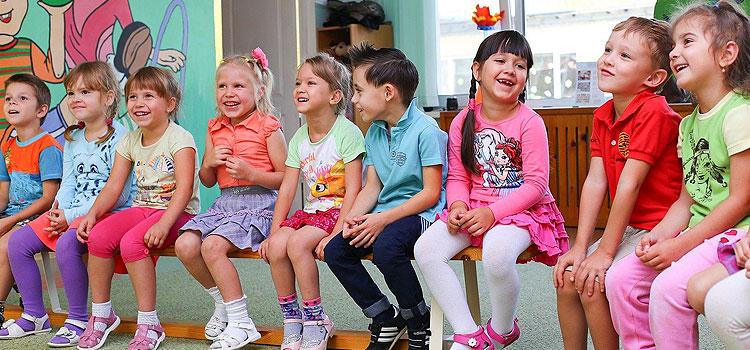 Sechsmal mehr Kinder mit Coronavirus SARS-CoV-2 infiziert